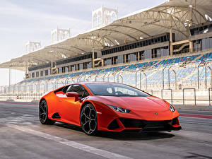 Фотография Lamborghini Красная 2019 Huracán EVO