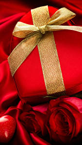 Фотография День всех влюблённых Розы Подарков Бантик Сердечко Красная цветок
