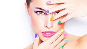 Фото Пальцы Руки Маникюр Макияж Разноцветные Лицо Красивые Девушки