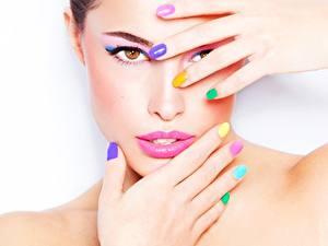 Фото Пальцы Рука Маникюра Макияж Разноцветные Лица Красивые Девушки