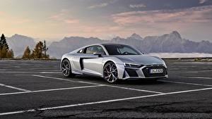 Фото Ауди Серая Металлик Паркинг Audi R8 V10 2020 RWD авто