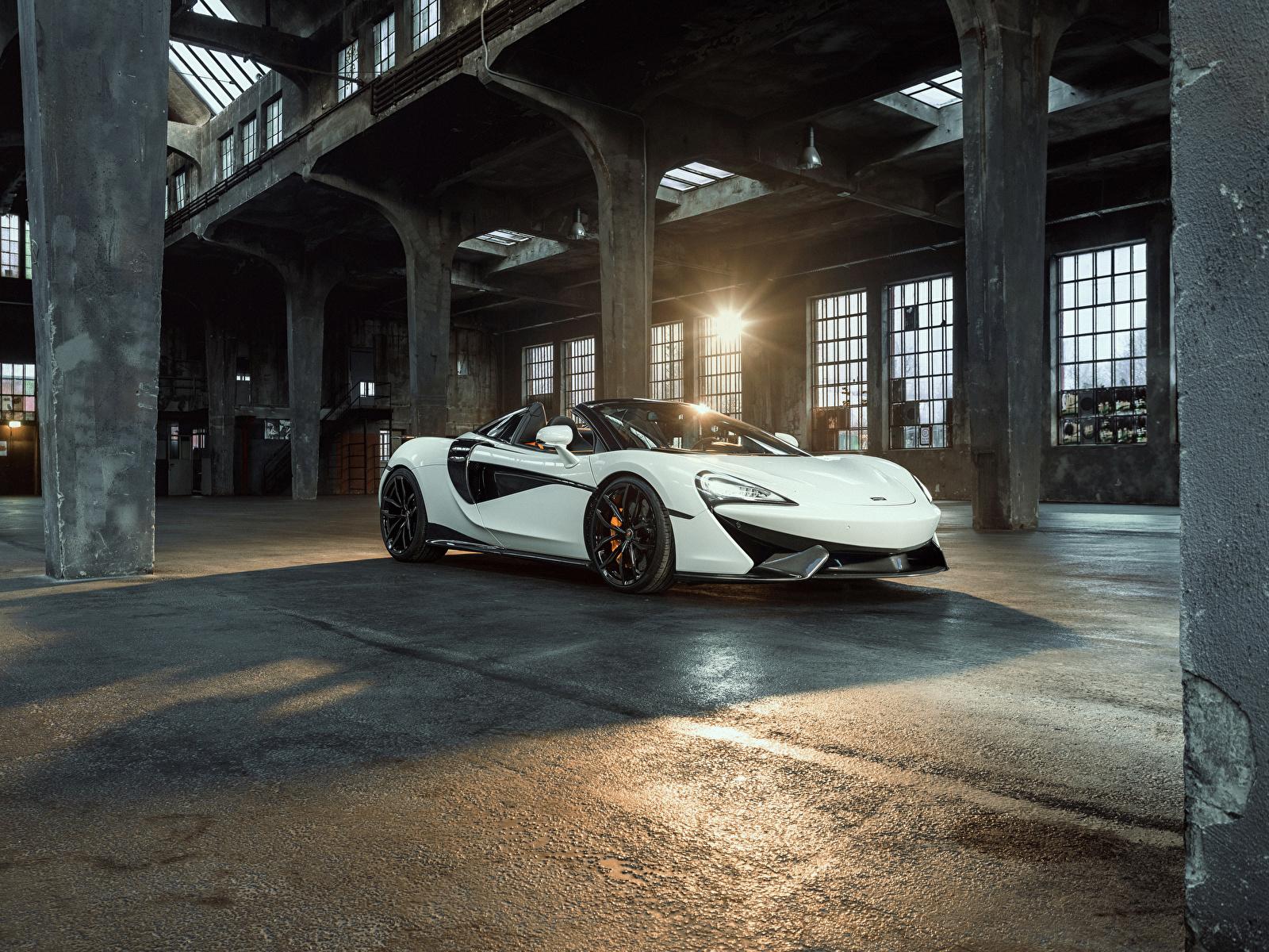 Картинка McLaren 2018 Novitec 570S Spider белые Машины Металлик 1600x1200 Макларен белых Белый белая Авто Автомобили