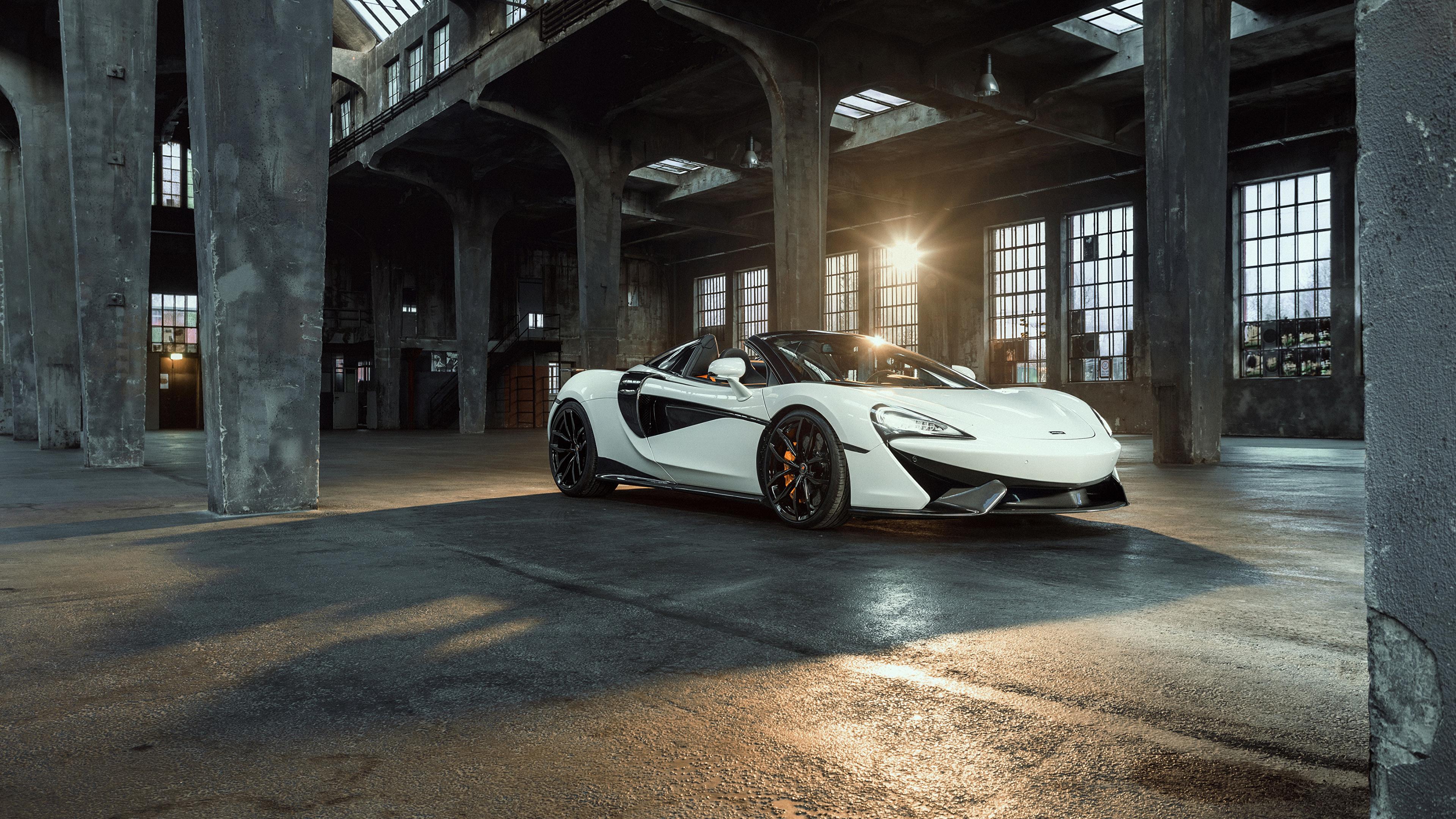 Картинка McLaren 2018 Novitec 570S Spider белые машины Металлик 3840x2160 Макларен белых Белый белая авто машина автомобиль Автомобили