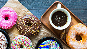 Картинки Пончики Какао напиток Доски Чашка Дизайн Еда