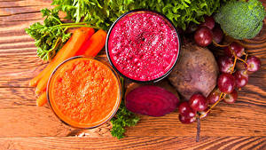 Обои Овощи Виноград Морковка Смузи Свёкла Доски Двое Стакане Еда