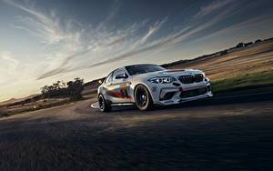 Фотографии BMW Едущий Белых 2020 M2 CS Racing