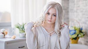 Фотографии Блондинки Взгляд Красивые Милый девушка