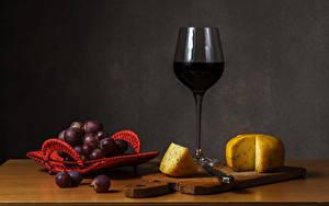 Фотография Натюрморт Вино Виноград Сыры Разделочной доске Бокалы Пища