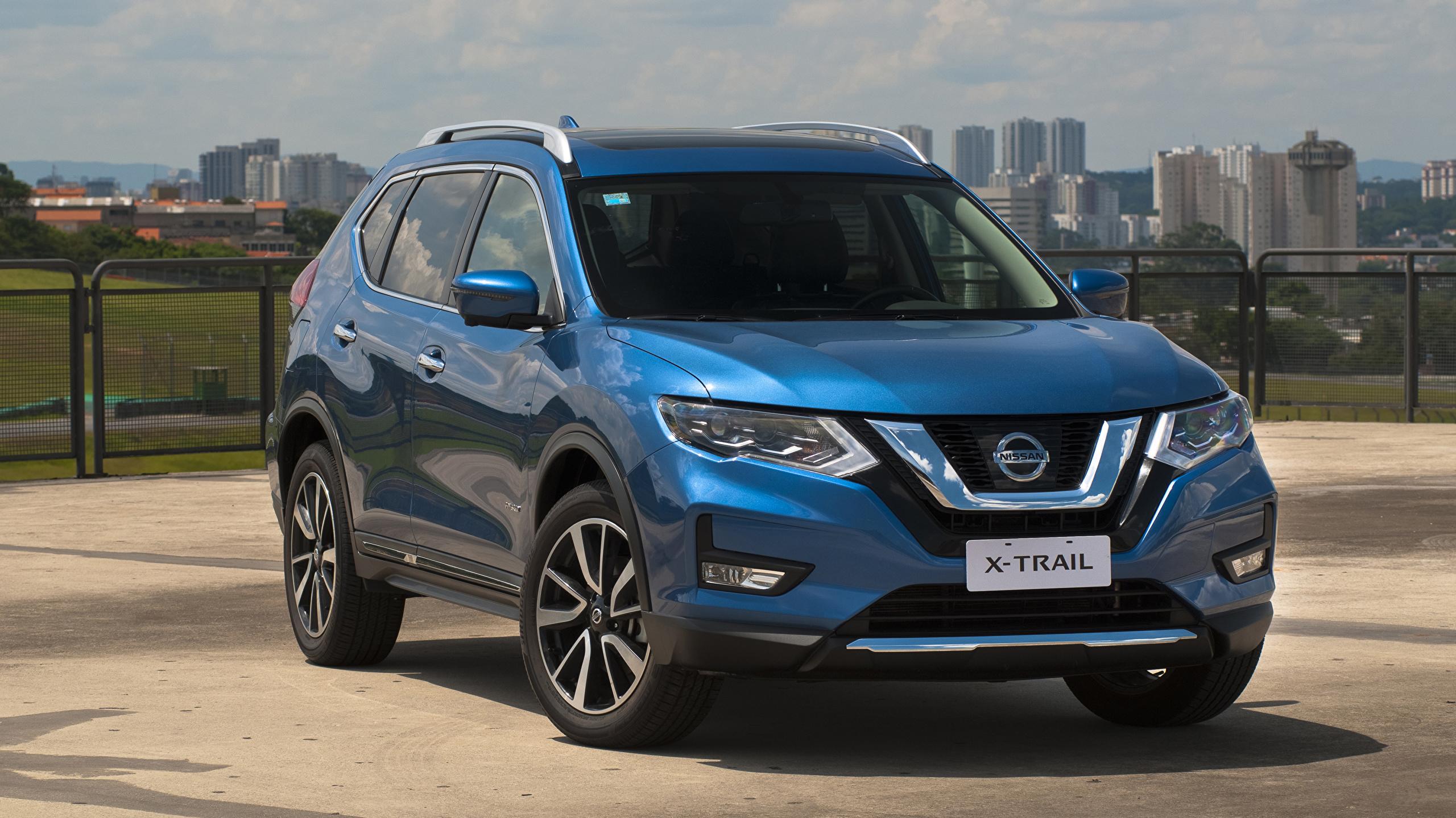 Обои Nissan 2019 X-Trail Hybrid Latam Гибридный автомобиль голубая авто 2560x1440 Ниссан голубых голубые Голубой машина машины автомобиль Автомобили