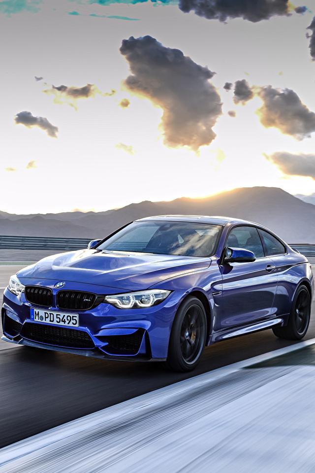 Картинки БМВ 2017 M4 CS Worldwide синие едущий Металлик Автомобили 640x960 BMW синих Синий синяя едет едущая скорость Движение авто машина машины автомобиль