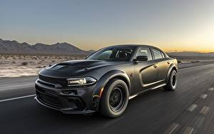 Фотография Dodge Черный Едущий Charger, AWD, 2019, SpeedKore, Twin Turbo Carbon авто