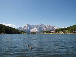 Картинка Италия Озеро Горы Пейзаж Альп Снег Lake Misurina Природа