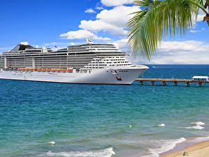 Фото Корабль Круизный лайнер Пристань Море