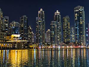 Обои Объединённые Арабские Эмираты Дубай Здания Пирсы Залива Ночные