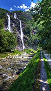 Фотография Италия Водопады Камни Ручей Скала Тропа Acquafraggia Sondrio Lombardy
