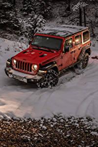 Картинки Джип Внедорожник Красный Снег 2018-19 Wrangler Unlimited Rubicon Авто