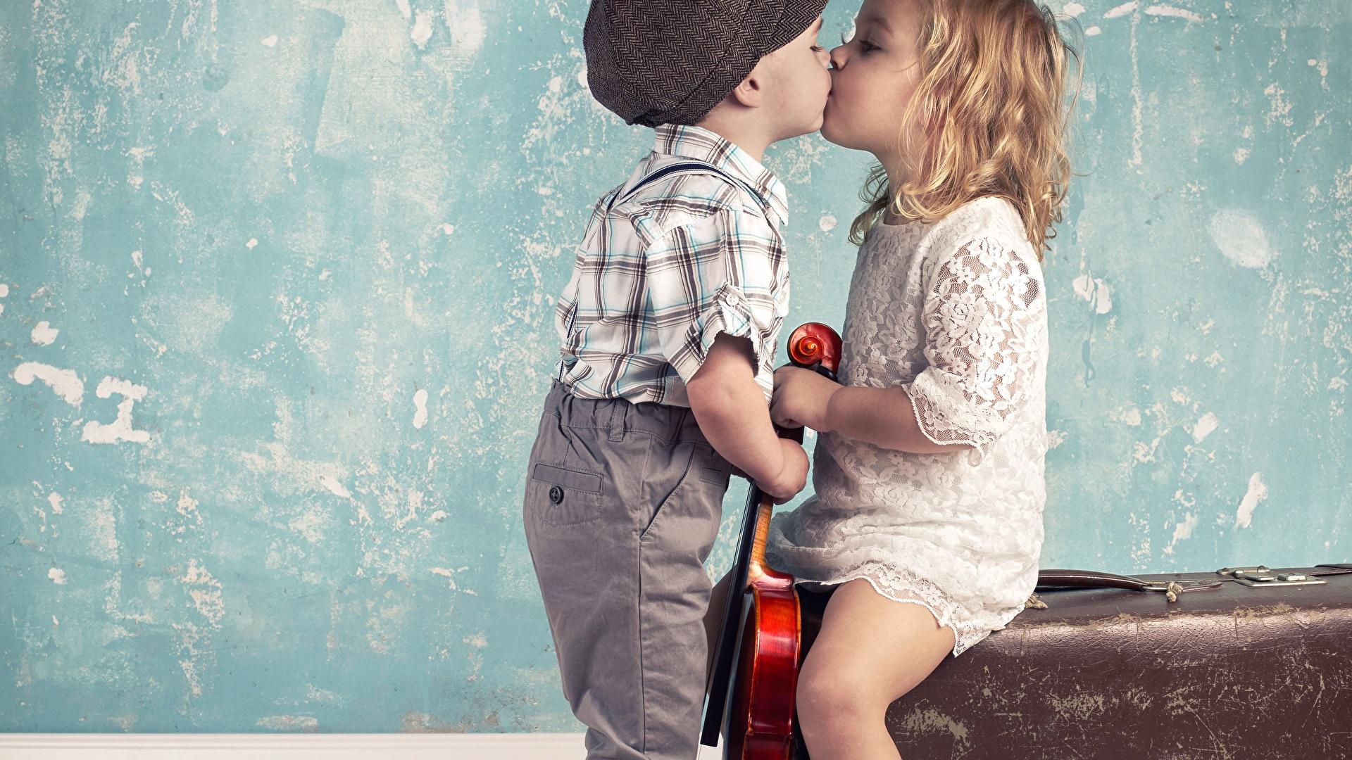 Фото мальчика и девушка, Boy And Girl Love Фото со стоков и изображения 21 фотография