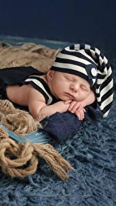 Фотографии Младенцы Шапки Спит