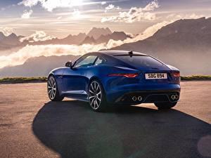 Картинки Гора Ягуар Сзади Синяя Металлик Купе F-Type R, 2021 авто
