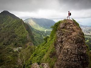 Картинки Горы Альпинизм Мужчины Пейзаж Скала Альпинист Природа