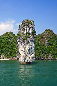 Обои для рабочего стола Вьетнам Тропики Залив Скала Lan Ha Bay Природа