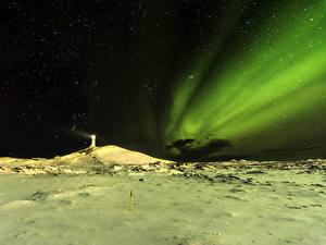 Фотография Исландия Маяки Небо Звезды Полярное сияние Ночь Снеге Природа