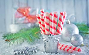 Фото Рождество Сладости Конфеты Ведро Пища