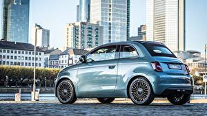 Фотографии Fiat Металлик Сбоку Голубая 500 Cabrio (332), 2020 машины