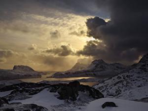 Фотография Лофотенские острова Норвегия Побережье Зима Горы Вечер Небо Облако Снегу Природа