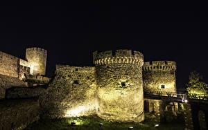 Фотографии Крепость Сербия Ночные Уличные фонари Belgrade Fortress