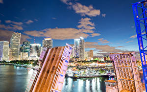 Картинка Штаты Дома Реки Мосты Флорида Майами Ночные Города