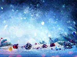 Обои Рождество Снег Шишки Шар