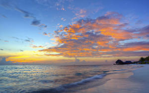 Обои Рассветы и закаты Море Побережье Небо Облака Природа
