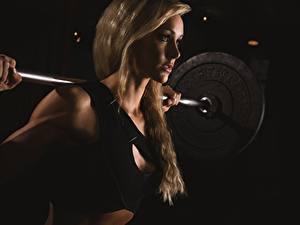 Обои Фитнес Штанга Блондинки молодые женщины Спорт