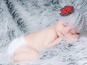 Картинка Грудной ребёнок Шапка Спит ребёнок