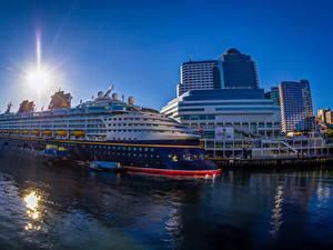 Фотографии Канада Здания Причалы Круизный лайнер Ванкувер Города
