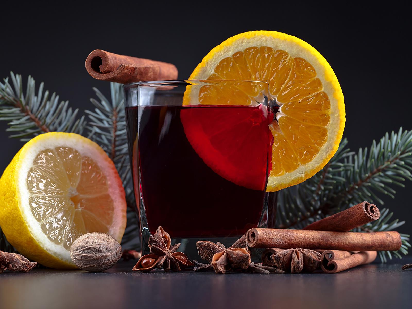 Фотография Новый год Лимоны Корица стакане Еда Напитки 1600x1200 Рождество Стакан стакана Пища Продукты питания напиток
