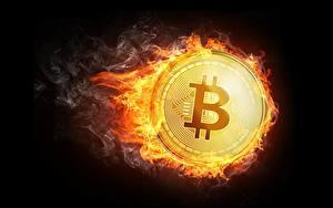 Фотография Bitcoin Монеты Пламя Черный фон