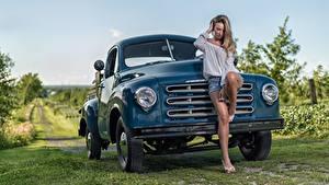 Обои Грузовики Ноги Красивый Studebaker Девушки Автомобили
