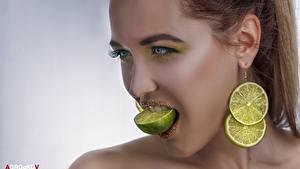 Фотография Лайм Взгляд Лицо Серьги Косметика на лице Alexander Drobkov-Light Девушки