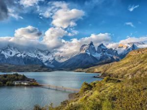 Фото Чили Парки Горы Небо Озеро Мосты Пейзаж Облака Lake Pehoe Torres del Paine National Park Природа