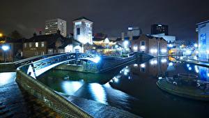 Картинка Англия Дома Реки Мосты Ночные Уличные фонари Birmingham город