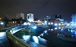 Картинка Англия Дома Река Мост Ночные Уличные фонари Birmingham город
