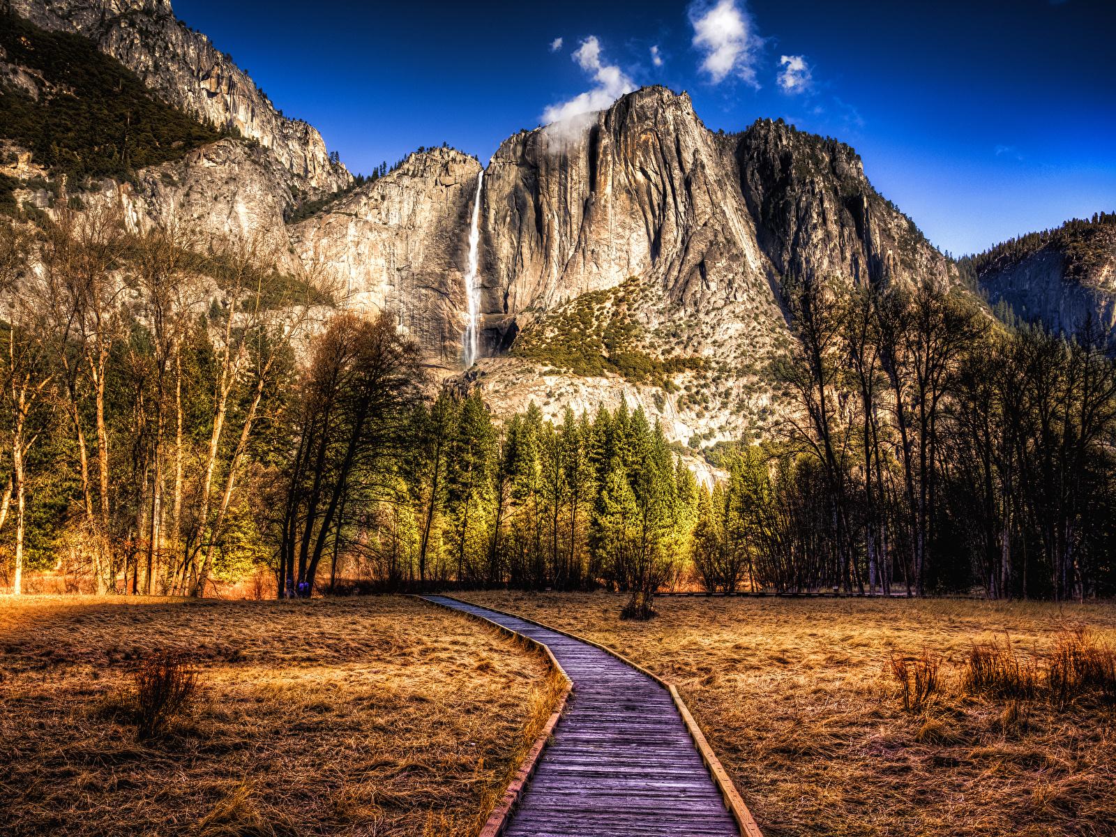 Фотографии Йосемити калифорнии штаты HDR Горы Природа осенние Парки Пейзаж деревьев 1600x1200 Калифорния США HDRI гора Осень парк дерево дерева Деревья