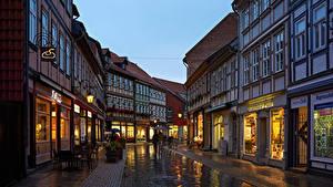 Фотографии Германия Дома Вечер Улица Уличные фонари Wernigerode Города