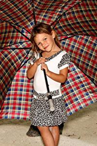 Обои Зонт Девочки Улыбка Ребёнок