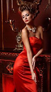 Обои Украшения Шатенка Платье Красных Роскошный Девушки