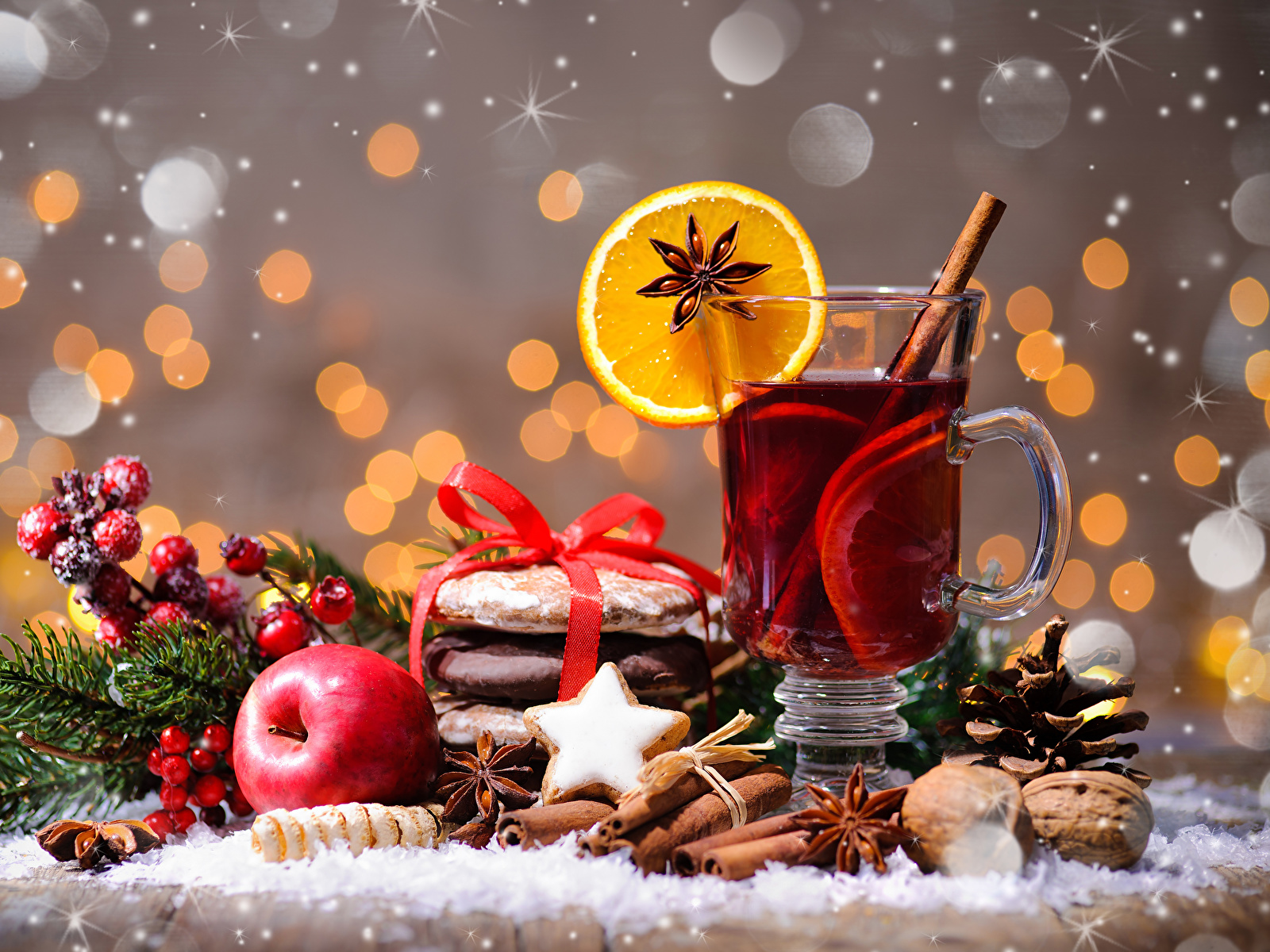 Фото Новый год Чай Бадьян звезда аниса Корица Яблоки стакана Еда чашке Печенье Орехи 1600x1200 Рождество Стакан стакане Пища Чашка Продукты питания