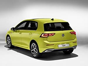 Картинка Фольксваген Вид сзади Салатовый Металлик Golf hatchback 2020 машина