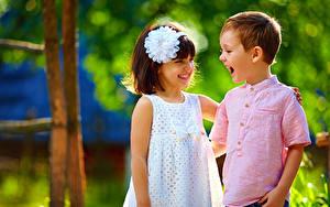 Обои Вдвоем Девочки Мальчик Улыбка Платья Дети